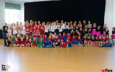 Dzień tańca w Szkole Podstawowej w Białych Błotach